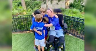 """Vader verliest het gebruik van zijn armen en benen door een ziekte, maar niet zijn glimlach: """"Ik had hier niet meer kunnen zijn"""""""
