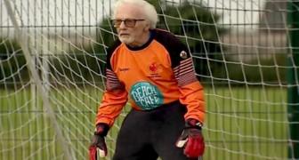 Mit 88 Jahren spielt er immer noch Fußball als Torhüter der Mannschaft: Ich fühle mich immer noch voller Energie!