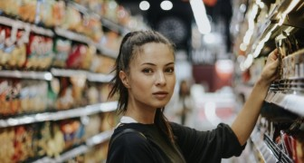 Donna vegana accusa un supermercato di averla ingannata per farle mangiare carne
