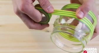 Inizia mettendo del nastro adesivo su un barattolo... il risultato finale vi sorprenderà!