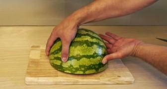 Um modo muito legal de servir a melancia!