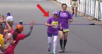 Una donna arriva al traguardo della maratona: quando saprete la sua età non ci crederete!