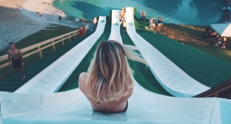 She goes up a 30 meters water slide: this will make you hold your breath !