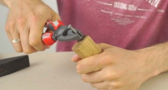 He hammers a nail on a piece of wood: here is an emergency trick that you will LOVE !