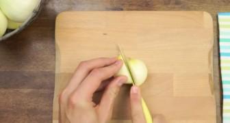 Il modo migliore per tagliare una cipolla? Scopritelo in questo video!
