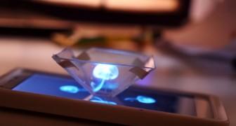 Ontdek hoe je je smartphone kunt omtoveren tot een hologramprojector met een eenvoudige jewelcase!