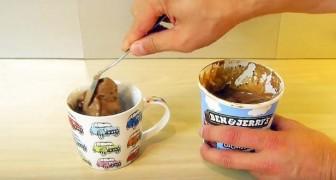 ll met de la crème glacée dans une tasse et révèle une astuce pour un dessert irrésistible... en 2 minutes!