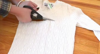 She starts by cutting an old sweater and creates a must-have accessory for the winter!