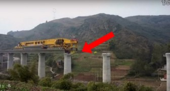 Here's the giant machine that builds a bridge in China in a few minutes !
