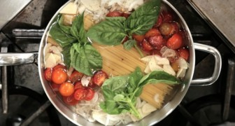 She puts pasta in the pan with ALL the ingredients: ten minutes later? Wooow!