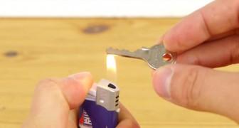 Hier zie je hoe je een reservesleutel kunt maken... met een blikje!