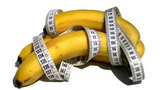 Dit is wat er werkelijk gebeurt in ons lichaam als we een banaan eten
