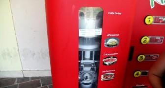 Quando vedrete cosa vende questo distributore automatico ne vorrete uno a casa!