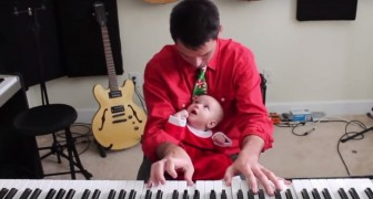 Dad and daughter play a Christmas song: the result is incredibly sweet !