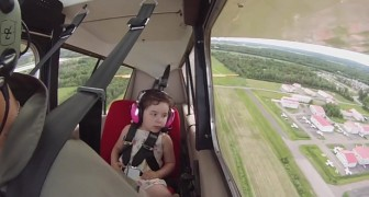It's the first flight with his daughter and he doesn't know how she'll react. But then he starts to spin in the air ...