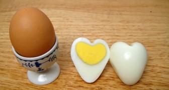 Uova a forma di cuore? Scopri come realizzarle... è semplicissimo!