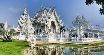 Scoprite questo candido tempio tailandese che sembra essere uscito da una fiaba