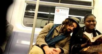 L'art de s'endormir sur les épaules de parfaits inconnus
