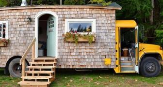Een koppel kiest een schoolbus als huis, maar wacht nog even met naar binnen kijken!