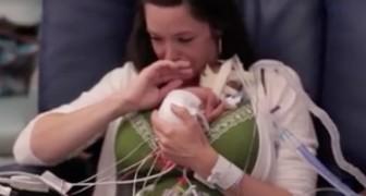 Nacio a tan solo 5 meses y pesa medio kilo: el primer abrazo con su madre es conmovedor