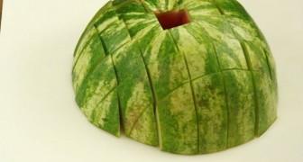 Como servir uma melancia em maneira original e veloz