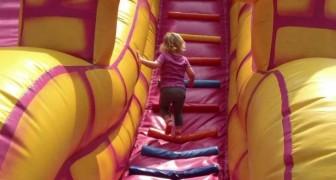 La petite fille demande à son père de rester au parc 5 minutes de plus : sa réponse devrait être entendue pour tous les parents.