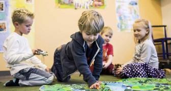 In Finland, leren kinderen niet lezen vóór de leeftijd van 7 jaar.Dwaasheid ? Verre van dat.