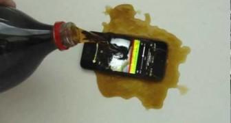 iPhone 5 + Coca Cola