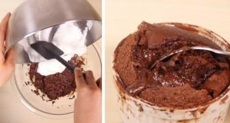 Soufflé al cioccolato: si prepara in pochi minuti ed è assolutamente irresistibile