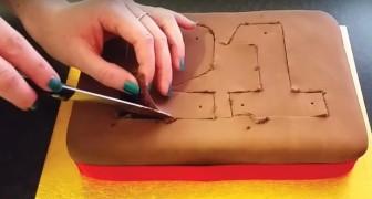 Começa cortando uma torta de chocolate: veja uma decoração que as crianças vão adorar!
