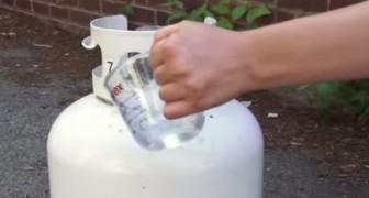 Veja como medir o nível de um botijão de gás de forma prática e segura!