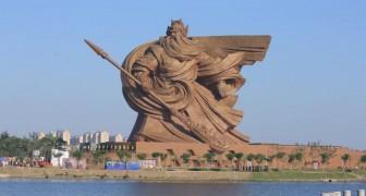 Zie hier de fascinerende beelden van het kolossale ingehuldigde standbeeld in China