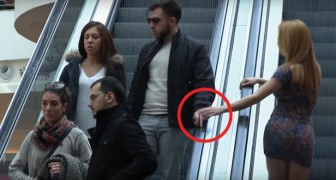 Veja a reação de pessoas que são tocadas por outras em uma escada rolante!