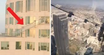 Non immaginereste mai cosa hanno installato a 300 metri di altezza su questo palazzo
