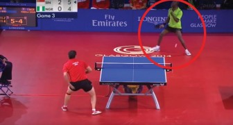 41 shots in 40 seconds --- an amazing table tennis match battle!