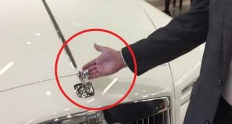 C'est possible de voler la statue de la Rolls Royce? Voici ce qui se passe si vous essayez de la toucher