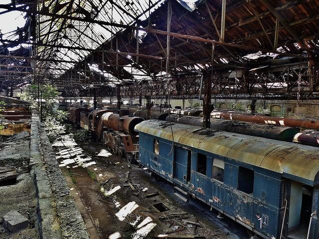 Le cimetière des trains en Hongrie: perdez-vous dans cet endroit ...