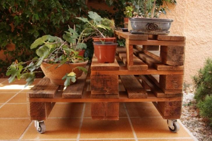 Costruire Una Credenza Con I Pallet : Pallet in casa e giardino ecco le migliori idee per arredare