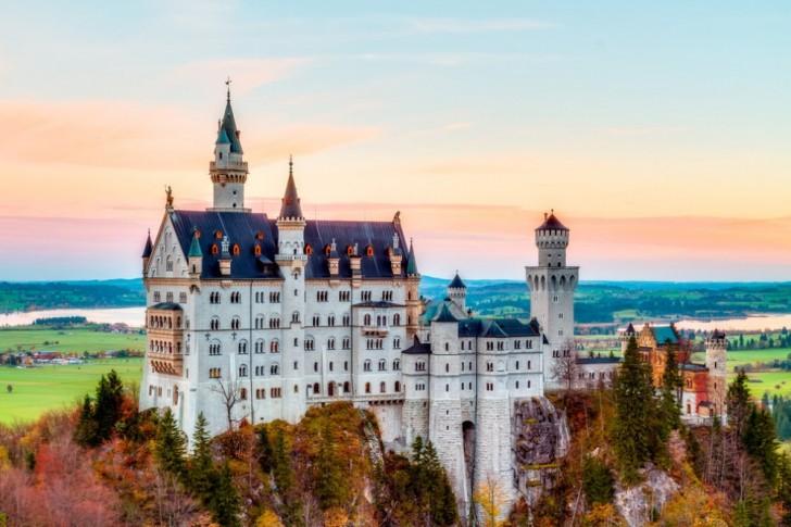 Castelli Di Cartone Film : La regina dei castelli di carta trailer youtube