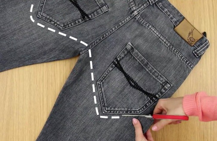 turn old jeans into a tool belt in 2 minutes no sewing. Black Bedroom Furniture Sets. Home Design Ideas