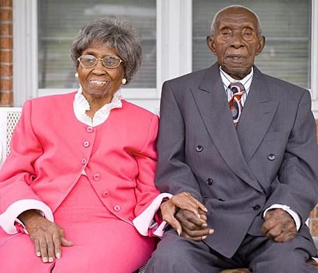 Anniversario Di Matrimonio Piu Lungo.2 Centenari Conquistano Il Record Per Il Matrimonio Piu Lungo E