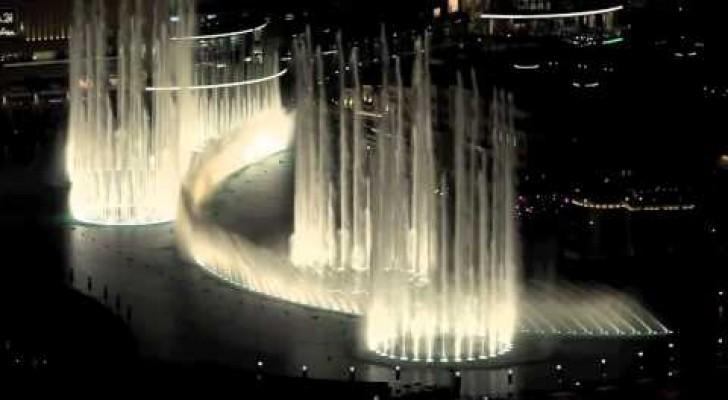 Questa fontana di Dubai che balla Thriller vi lascerà a bocca aperta