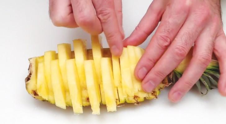 Come Servire L Ananas A Tavola.Ecco Come Tagliare E Servire L Ananas A Barchetta In 1