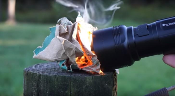 Uma mini lanterna que pode acender o fogo em poucos segundos: veja como funciona!