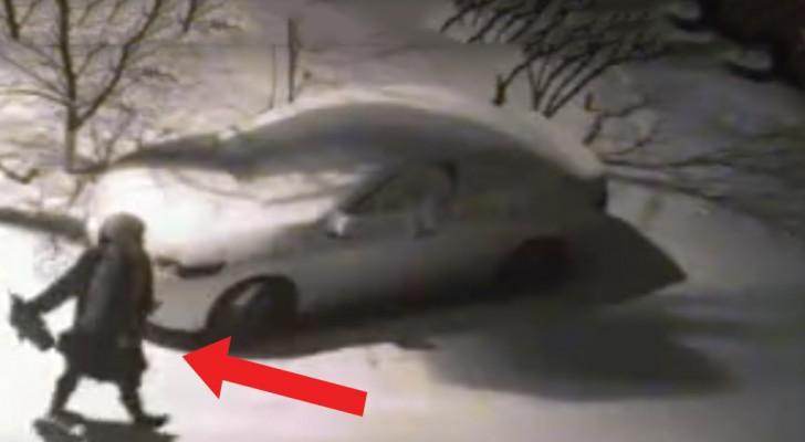 Não sabia quem tinha estragado o seu carro: mas ele descobre tudo graças a uma câmera!