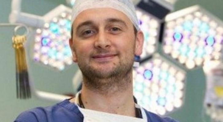 Het Jongste Afdelingshoofd In Een Engels Ziekenhuis Is Geen Engelsman. Lees Hier Het Verhaal Van Een Kennismigrant