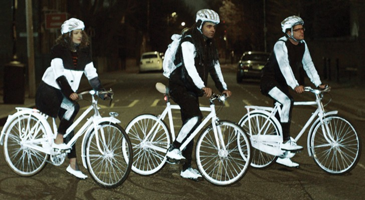 LifePaint by Volvo saves cyclists lives! A fantastic idea!