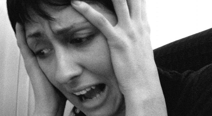 Ein Psychotherapeut erklärt die 10 Strategien im Falle einer Panikattacke