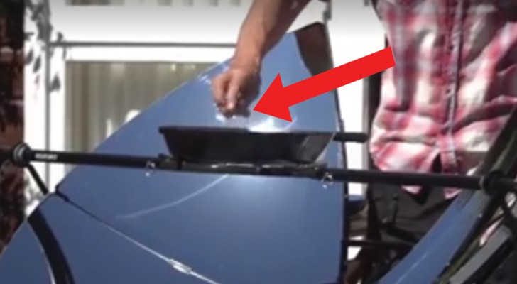 The ULTIMATE in outdoor cooking?! A solar cooker and grill!