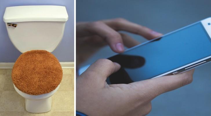 Cellulare e stanza da bagno: la disgustosa abitudine che dovremmo abbandonare immediatamente